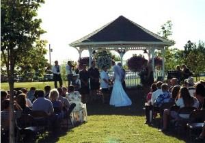 gazebo-wedding